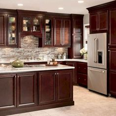 Exceptional Ideas of The Cherry Kitchen Cabinets in Modern Kitchen Cherry Wood Kitchen Cabinets, Cherry Wood Kitchens, Kitchen Cabinet Design, Kitchen Redo, New Kitchen, Kitchen Ideas, Kitchen Countertops, Kitchen Tile, Kitchens With Dark Cabinets