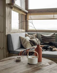 Matchstick blinds for privacy without completely obscuring a view Summer House, Home And Living, Home Living Room, House, Home, Interior, Rustic Salon, Cabin Living, Great Rooms