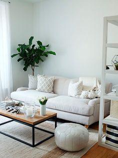 Salón pequeño en blanco