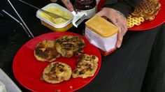 Foto: NRK French Toast, Muffin, Tacos, Dessert, Baking, Breakfast, Ethnic Recipes, America, Morning Coffee