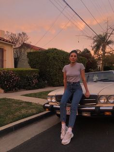s Vintage photo photoshoot idea with vintage car and simple outfit very aesthetic Photo Pour Instagram, Instagram Pose, Mode Outfits, Trendy Outfits, Fashion Outfits, Socks Outfit, Mode Ootd, Foto Casual, Insta Photo Ideas