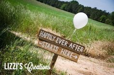 Lizzi's Creations: Project Wedding: DIY Rustic Wedding Signs. Grab some wood, some paint, a stake, and a drill (or hammer and nails), and you're good to go!