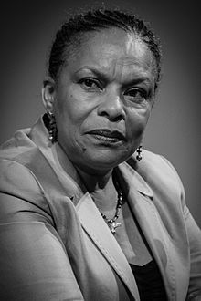 Christiane Taubira, née en 1952, Ministre de la justice. Elle a aussi fait passer la Loi pour le mariage homosexuel en 2013