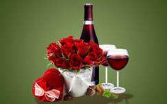 valentin virágcsokor és dekoráció ital rózsa