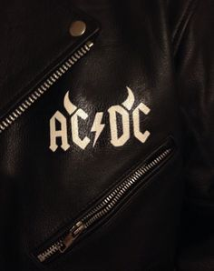Painting on the front of the AC/DC jacket. Commission work. #acdc