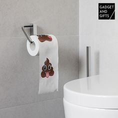 Play a joke on your flatmates or family with this hilarious poo emoticon toilet paper from gadget and gifts! What a laugh! Different emoticon poo designs on each roll Measures approx.: 9 x Free point of sale display for every 18 units bought
