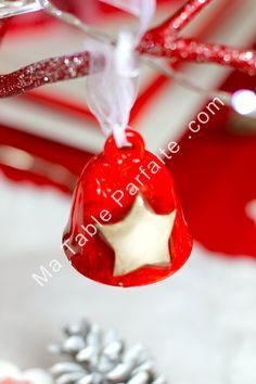 Clochette en céramique vendue dans box déco de table Noel Edition limitée http://www.matableparfaite.com/