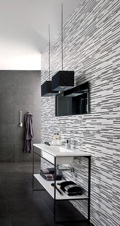 Accent tile on entire wet-wall.  Great visual  impact. Pinned by #conceptcandieinteriors #tile --Concept Candie Interiors offers virtual interior design services