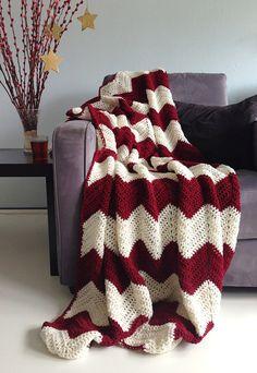 Carmin red / bordeaux red and cream christmas - afghan crochet chevron blanket