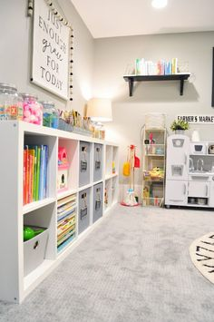 Astonishing Kids Playroom Design Ideas For Your Kids 43 Loft Playroom, Small Playroom, Toddler Playroom, Playroom Organization, Playroom Design, Playroom Decor, Playroom Ideas, Organized Playroom, Small Kids Playrooms