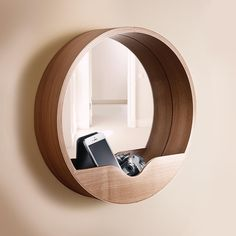 - Mirror Designs - Miroir en bois Round Wall An elegant round wall design mirror that hides a small storage space conve. Wall Mirrors With Storage, Bathroom Mirror With Shelf, Mirror Bedroom, Wall Design, House Design, Spiegel Design, Beautiful Wall, Home Accessories, Furniture Design