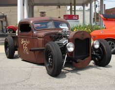 http://www.jims59.com/RatRodsBarnFinds/images/Rat-Rod-14-June-09-Rt-Frt.jpg