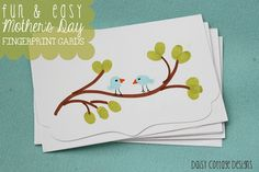 Quick & Easy Mother's Day Gift - handmade note cards #fingerprint #craft #DIYcards  www.daisycottagedesigns.net