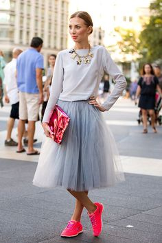 Sneakers with Skirts, Sure! 球鞋配裙子也可以是個完美的組合! | Popbee - a fashion, beauty blog in Hong Kong.