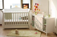 Cot and display table! (Comes with clip on change table piece)
