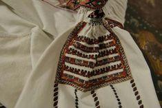 Folk Embroidery, Drawstring Backpack, Costume, Blouse, Bags, Fashion, Handbags, Moda, Fashion Styles