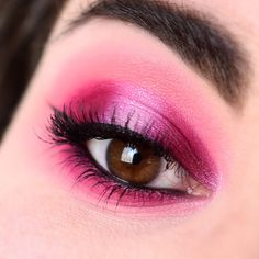 Pink make-up with the XX Revolution X-Ray palette - Marine Loves Polish and More... - Blog beauté et lifestyle Mascara, Pink Make Up, Marine Love, Foundation, Rose Fuchsia, Revolution, Makeup Looks, Palette, Polish