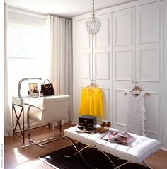 Adore this Lloyd Ralph Design dressing room.  In my future home, I WANT a dressing room......