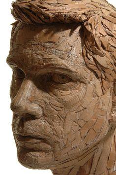 Figuratieve sculpturen van gerecycleerd karton - EYEspired