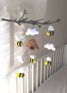 #Baby #mobile #nursery mobile #bumble_bee_mobile #bee_theme