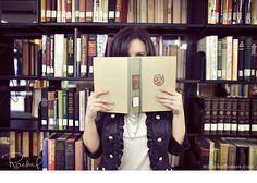 what a great library shot!  milliehollomanblog.com