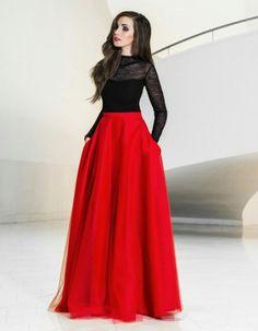 Maxi tulle skirt with pockets - tulle skirt - red maxi skirt - new years eve - prom skirt - elegant - party dress - ball skirt - christmas - Red Tulle Skirt, Red Skirts, Dress Skirt, Dress Up, Red Maxi, Maxi Skirts, Skirt Pleated, Prom Dress, Ball Dresses