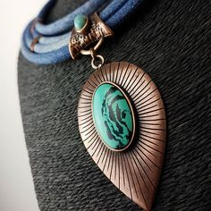 😍😍😍, pedra do nosso colar jeans com banho em bronze. Perfeito e disponível 😊 #bohostyle #bohochic #boho #colarjeans #colardepedra #colar #necklace #anel #brinco #hippie #samrabijuterias #bijuteria #acessorios #acessoriosfemininos #bijulovers #bijoux #boatarde #ilike #inlove #f4f #l4l #loja #bronze #photooftheday #instagood #lookdodia