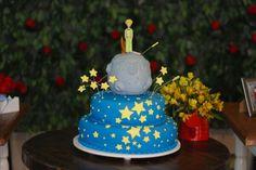 Cake by Eliana Castilho  Photo by Angelita Fotografia  Decoration by T&C Party Design   Rio de Janeiro - Brazil    #thelittleprince #lepetitprince #derkleineprinz #party #decoration #kids #first #birthday #birthdayparty