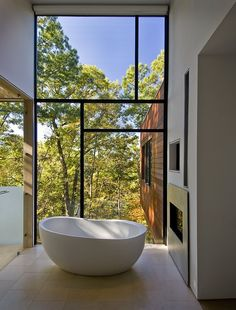 Asymetric Windows with black frame | Wissioming Residence by Robert M. Gurney