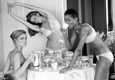 Patti Hansen, Lisa Taylor e Beverly Johnson by Arthur Elgort. Vogue 1976. San Francisco.