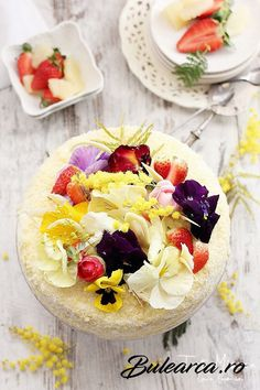Cake Recipe, Mimosa cake with vanilla cream and pineapple, Bulearca. Romanian Food, Vanilla Cream, Food Cakes, Acai Bowl, Cake Recipes, Martie, Pineapple, Breakfast, Personal Development