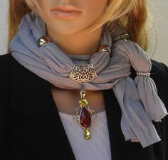 16 DIY scarves Easy ideas reusing old T-shirts sweaters and scraps 2019 16 DIY scarves Easy ideas reusing old T-shirts sweaters and scraps The post 16 DIY scarves Easy ideas reusing old T-shirts sweaters and scraps 2019 appeared first on Scarves Diy. Scarf Rings, Scarf Necklace, Fabric Necklace, Scarf Jewelry, Fabric Jewelry, Jewellery, Ideas Joyería, Diy Scarf, Scarf Ideas