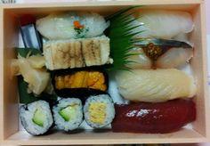 下関市の寿司 仁の弁当です。初めて食べました。