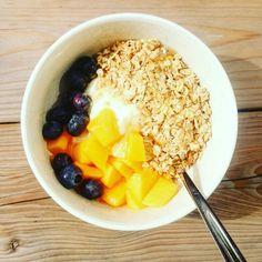 Homemade granola #vegan #alpro soyayoghurt