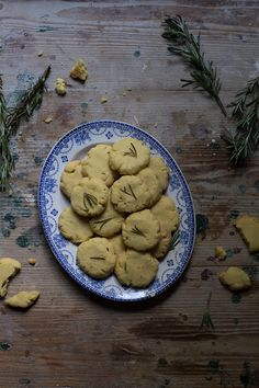 'Buranelli' Butter Biscuits with Lemon Zest & Rosemary and A 'Fritoin' - From My Dining Table
