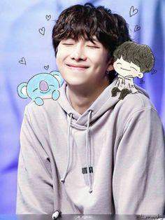 "Read 💗🐻🎶🍭 "" Buffet "" 💗🐻🎶🍭 from the story ¿ Que prefieres BTS ? Kim Na. Jimin, Bts Taehyung, Bts Bangtan Boy, Mixtape, Bts Rap Monster, Rapper, Foto Bts, Les Bts, Kim Namjoon"