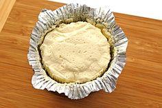 Podomácku vyrobený sýr francouzského typu.