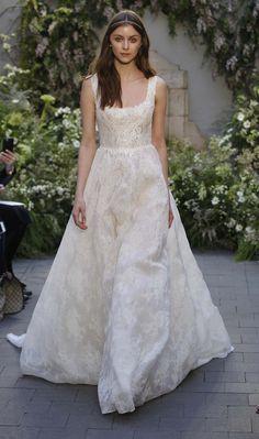 fefad4d3b49 15 meilleures images du tableau Robes de mariée Monique Lhuillier ...