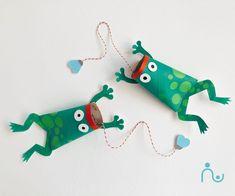 3 Fun DIY Sea Creatures: Toilet Paper Roll Crafts for Kids Kindergarten Crafts, Preschool Crafts, Kids Crafts, Toilet Paper Roll Crafts, Cardboard Crafts, Diy Pour Enfants, Rolled Paper Art, Pencil Eraser, Summer Crafts For Kids