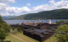 Awesome historic Fort William Henry on Lake George NY haunted Lake George Ny, Lake George Village, Summer Vacation Spots, Fun Winter Activities, New York Museums, Fort William, Lake Life, Best Vacations, The Great Outdoors