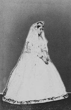 Princess Alice (1843-78), in her wedding dress, July 1 1862. | Royal Collection Trust