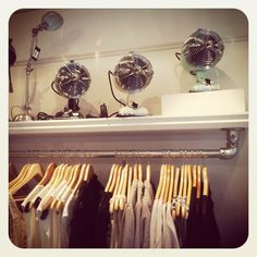A shelf mounted Kee Klamp retail clothing rack found in a store in Oslo, Norway. Interior Design Blogs, Interior Inspiration, Coat Rack Shelf, A Shelf, Coat Hooks, Wall Mounted Clothing Rack, Retail Clothing Racks, Clothes Rail, Diy Clothes