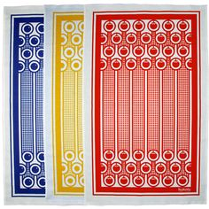 Screen printed bright and colourful crisp cotton tea towels with quirky bold graphics of blueberries, eggs or tomatoes and gingham stripey pattern.  These fun and colourful cotton tea towels are screen printed in England featuring Hokolo´s English Breakfast inspired patterns. They make perfect gift or simply to spice up your kitchen!  Hokolo's English Breakfast collection plays on strong graphic qualities of fried eggs, tomatoes, blueberries and orange slices set against colourful backdrops…