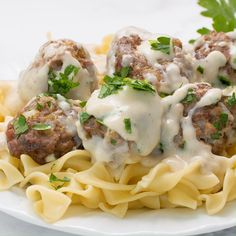 Moist and tender Swedish meatballs covered in a creamy gravy sauce. These flavorful meatballs make a delicious weeknight dinner that the whole family will love. Meat Recipes, Dinner Recipes, Cooking Recipes, Swedish Meatball Recipes, Beef Dishes, Ground Beef Recipes, Clean Eating Snacks, Food For Thought, Food Videos