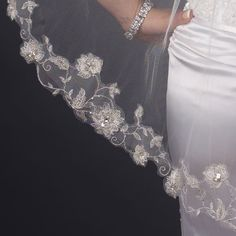 Close-up of Single Layer Fingertip Length Silver Floral Embroidered Edge wit Pearls & Bugle Beads Veil (2283)