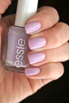 Essie Nice is Nice - Natural nails