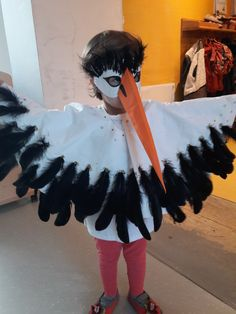 Storch Kostüm Diy Halloween Gifts, Boxing Halloween Costume, Unique Halloween Costumes, Halloween Costume Contest, Homemade Halloween, Halloween Looks, Tinker Bell Costume, Deer Costume, Boy Costumes