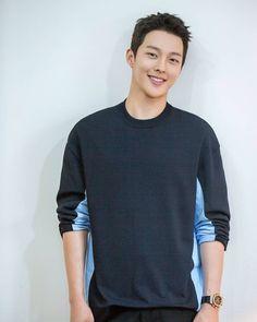 Korean Male Actors, Handsome Korean Actors, Asian Actors, Handsome Asian Men, Hot Asian Men, Korean Star, Korean Men, Song Joong, Yoo Ah In