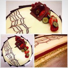 Le Cordon Bleu - Intermediate Patisserie -  White Chocolate & Pistachio Entremets