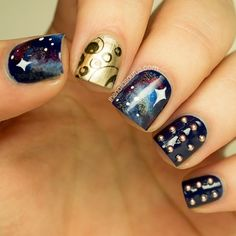 Doctor Who themed nails? Maybe I'll do this for the Doctor Who themed wedding I'm attending next month! Uk Nails, Love Nails, How To Do Nails, Pretty Nails, Hair And Nails, Sexy Nails, Black Nails, Doctor Who Nails, Nail Art Pictures